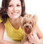 image of lady and her dog to accompany her testimonial for Prancie Paws Dog grooming services